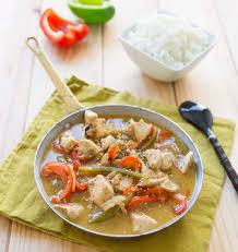cuisine au lait de coco wok de poulet au lait de coco poivrons et huile de sésame les
