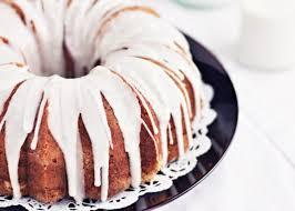 Vanilla Bundt Cake via Sweetapolita