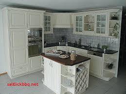 relooker une cuisine rustique en moderne refaire sa cuisine rustique en moderne comment moderniser une