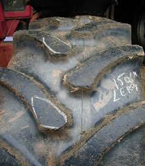 6 causes mécaniques d une usure anormale de vos pneus agricoles