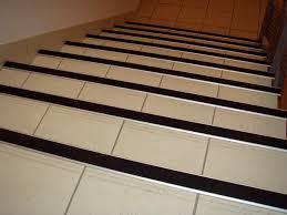 nez de marche escalier carrelage photos de conception de maison