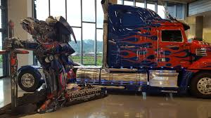 100 Optimus Prime Truck Model Facil Is Proud To Be Part Of The Next Transformers Movie BeAUTOMOTIVE