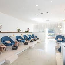 Beauty Salon Decor Ideas Pics by Nail Shop Design Decorating Ideas Nail Salon Interior Design Ideas