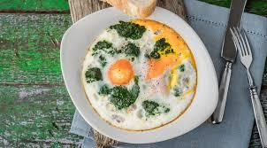 cuisiner des oeufs les œufs 25 recettes géniales et faciles pour cuisiner l œuf