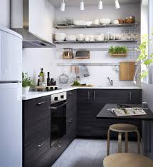 petites tables de cuisine coin repas dans une cuisine comment l aménager