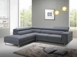 canap d angle en tissu ce canapé d angle avec appuis tête en tissu s accorde
