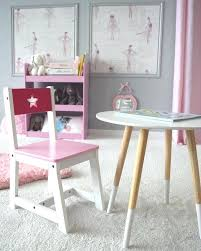 table chambre enfant table enfant table de style scandinave et petit chaise