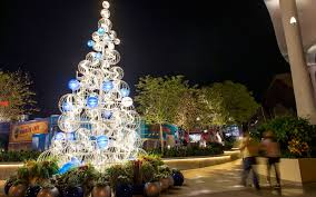 Mr Jingles Christmas Trees Los Angeles Ca by Disney Christmas Travel Tips Travel Leisure