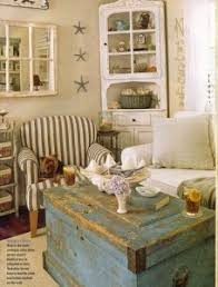 Again This Quaint Old School Living Room Has A Nautical Hint To It But Is Also Undeniably Vintage And Rustic Pleasingly Patriotic As Well