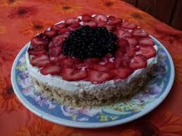erdbeeren und heidelbeeren cheesecake