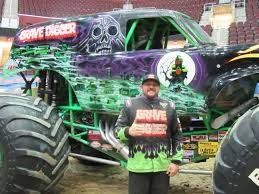 Wkyc.com | Brandon Vinson Proud To Carry On Legacy Of 'Grave Digger' Monster Truck Frontflips For The First Time Ever At Jam Xvi Awesome Pit Party Youtube Truck Show Cleveland Kid Trips Northern Virginia Blog Family Travel Best Things To Know About At Raymond James Stadium Insanity Tour In Tooele Presented By Live A Little Get Your On Heres 2014 Schedule 2016 Piston Power Autorama Unleashes Planes Tanks A Wkyccom Brandon Vinson Proud To Carry Legacy Of Grave Digger Youtube