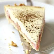 rhabarberkuchen mit vanillecreme und streuseln rezept