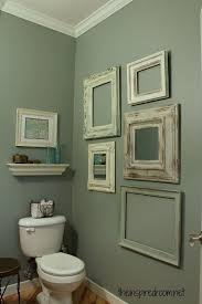 Half Bathroom Ideas For Small Spaces by Best 25 Half Bath Decor Ideas On Pinterest Half Bathroom Decor