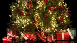 Pickle On Christmas Tree Myth by False Facts Everyone Believes About Christmas