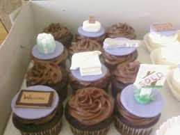 Destini Hinkle Housewarming Cupcakes