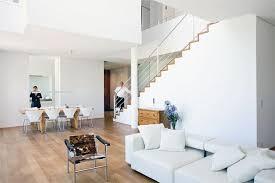 für minimalisten offenes wohnzimmer ihn reinem weiß bild