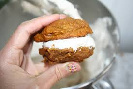 Pumpkin Whoopie Pies With Maple Spice Filling by Small Batch Pumpkin Whoopie Pies U2014 Cakespy