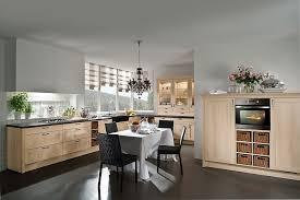 gemütliche und moderne landhausküche in l form