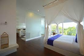 chambre attenante villa de luxe de 5 chambres et 3 piscines à senggigi lombok villa l