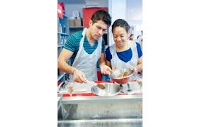 cours de cuisine cook and go cours de cuisine pour 3 chez cook go à bordeaux 33