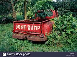 Hawaii, Big Island, Waipio Valley, Abandoned Truck, Don't Dump Sign ...