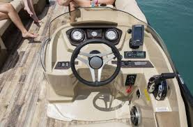 Crest Pontoon Captains Chair by 2017 Crest Pontoons Crest Iii 250 Sl For Sale In Oconomowoc Wi