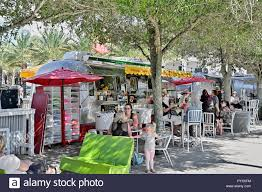100 Food Trucks Florida Truck Or Trucks With Families Or A Family Eating At The Beach