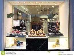 Retail Jewelery Christmas Window Display