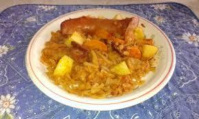 cuisiner des saucisses fum馥s chou blanc braisé aux lardons et saucisses fumées à la dominicaine