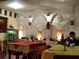 restaurant pizzeria los tomines cusco restaurant