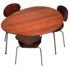 Exceptional Early Brazilian Rosewood Egg Table And Ant Chairs By Arne  Jacobsen Retro Formica Kitchen Table Zitzatcom Set Of 5 Ding Chairs By Henry W Klein For Bramin 1950s 28 Best Restaurants In Singapore Cond Nast Traveler C Dianne Zweig Kitsch N Stuff And Chrome Vintage Console Fniture Tables Tips To Mix And Match Ding Room Chairs Successfully Hans Wegner Eight Heart Shape Fritz Set Ilmari Tapiovaara Various Home Design Architecture 6 Boomerang Alfred Christsen Modern Built Kitchen With Black White Decor Mid Century Teak 4 Olsen Frem Rjle