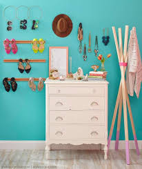 7 Stylish DIY Bedroom Organization Solutions