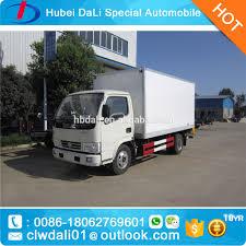100 Truck Reefer 4000kg Refrigerator Van Van For MeatSea Food Ice Cream