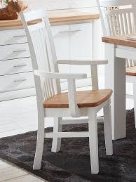 esszimmer stuhl mit armlehnen novara olbia und holzsitzfläche pinie nordica weiß wildeiche geölt