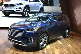 2017 Hyundai Santa Fe, Sport Models Get Refresh Photo & Image Gallery