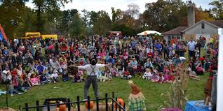 Nyack Halloween Parade 2014 Pictures by 10 Hudson Valley Fall Festivals To Visit Rockland And Westchester