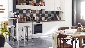 hauteur pour une hotte de cuisine a quelle distance de la plaque doit on installer une hotte aspirante