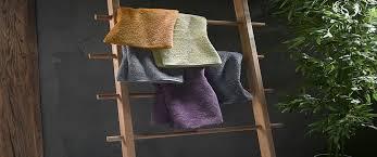 badregal und handtuchhalter bauen 3 originelle anleitungen