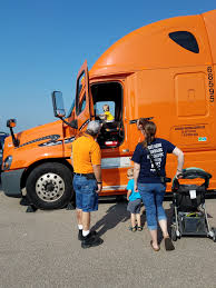 Schneider, State Patrol Show Semi-Truck Blind Spots At Public Safety Day