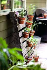 Hanging Clay Pots Pot Pallet Planter Gardening Ideas Create A Garden Heater