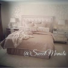All Neutrals In This Bedroom Designed And Tagged By Sweetmanolo Its Feature Sunday Hashtag Inspire Me Home Decor Or Direct Mail Email Us Your Pics For