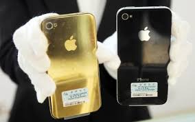 How Apple recovers millions in gold from recycling old iPhones and