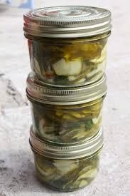 requia cuisine bocaux de courgettes marinées à la menthe chez requia cuisine et