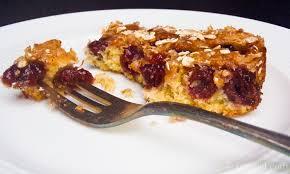 sauerkirschkuchen mit haferflocken zart knusprig und sooo