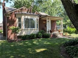 100 10000 Sq Ft House Oak Park Blvd Oak Park MI 48237 3 Beds2 Baths
