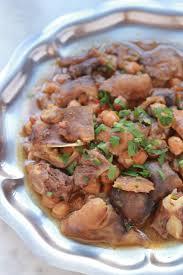 cuisiner pieds de mouton ragoût de tête et pieds de mouton chtitha bouzellouf cuisine