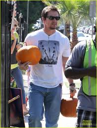Lawrence Pumpkin Patch by Mark Wahlberg Mr Bones Pumpkin Patch With Family Photo 2972227