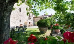 Michelangelos Tuscan Farmhouse Is For Sale