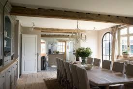 lange tafel und hussen stühle im bild kaufen 11022518