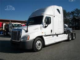 Www.westcarolinafreightliner.com | 2010 FREIGHTLINER CASCADIA 125 ... Home Twin City Truck Sales Service 2007 Freightliner Argosy Cabover Thermo King Reefer De 28 Ft 2013 Freightliner Coronado 132 At Truckpapercom Great Design Articulated Dump Driver Salary With 1987 For Paper Capitol Mack Wwwregintertionalcom Scadia 125 M2 106 Together Truckpaper Com Trucks 2018 Western Star 5700xe Western Star 5700 Xe
